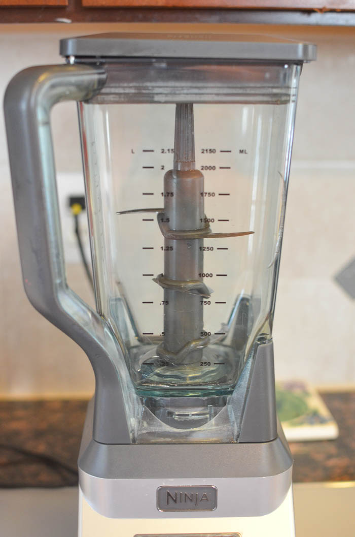 clean your blender the easy way