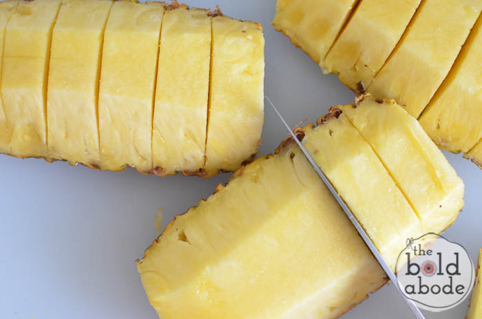 how to cube a pineapple-4