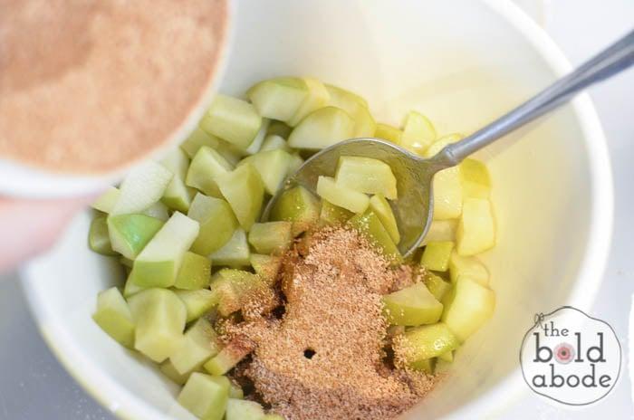 microwaved cinnamon apples-5