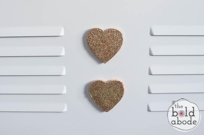 glitter heart magnets-10