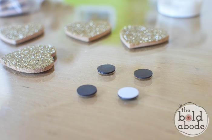 glitter heart magnets-8