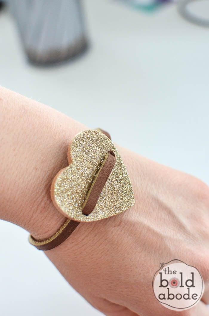 glitter heart leather bracelet-10