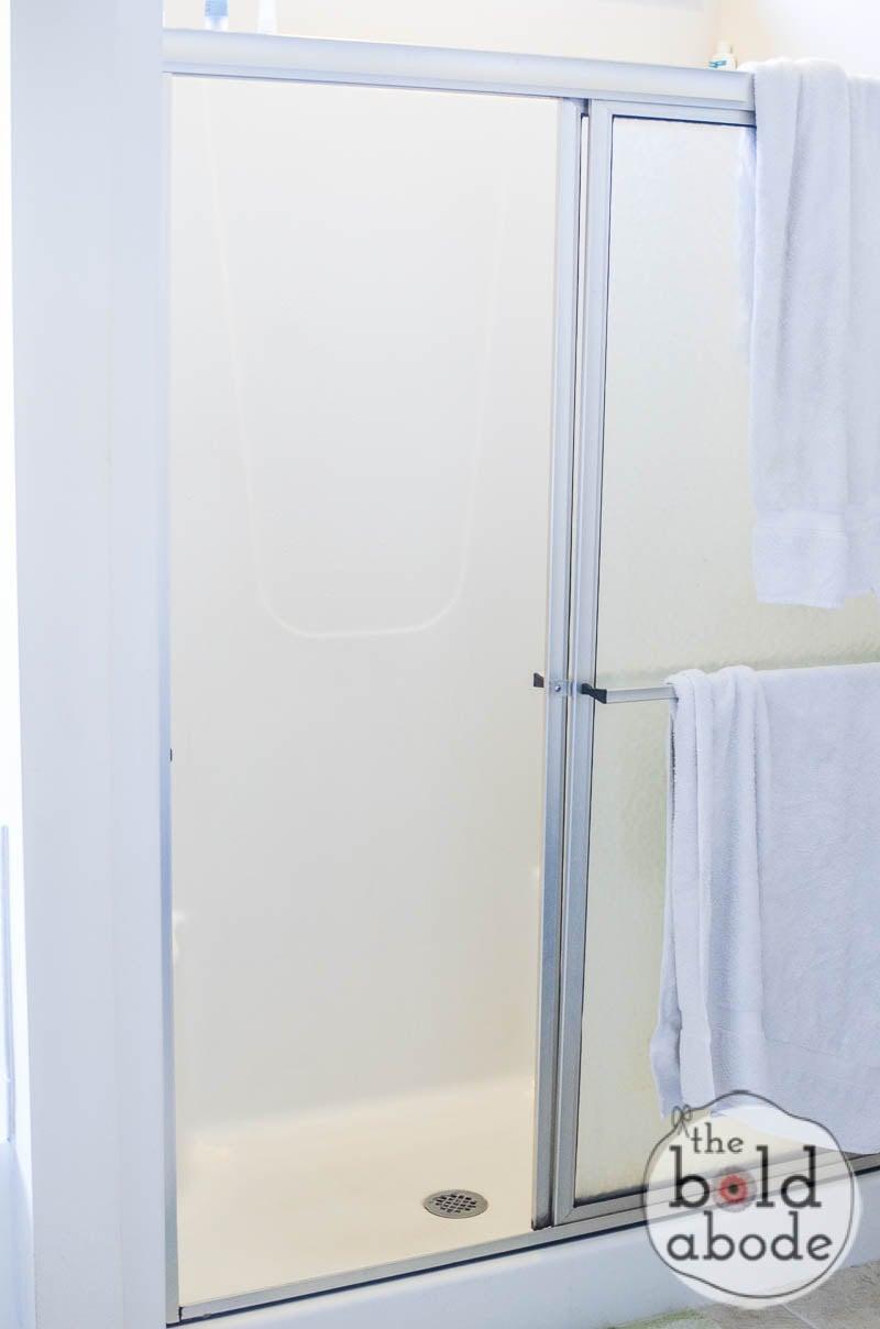 clean a shower-11