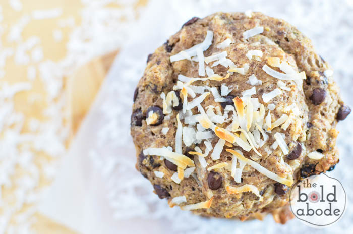 These Texas Cowboy Muffins are filled with loads of deliciousness... chocolate chips, coconut and raisin. Throw in a dash of cinnamon and enjoy!