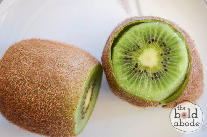 Love kiwi's but hate to peel them?  Try this little trick and you'll be buying them often and in bulk!