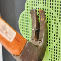 How to Protect Your Walls When Removing Nails – a quick diy