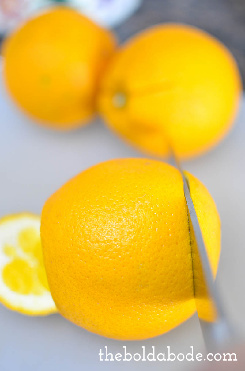 How to peel an orange without peeling it! Here are 2 quick and easy ways to peel an orange.