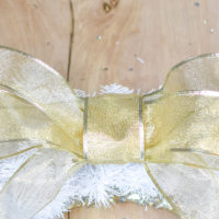 How to Make a Beautiful Double Loop Bow for your Wreath