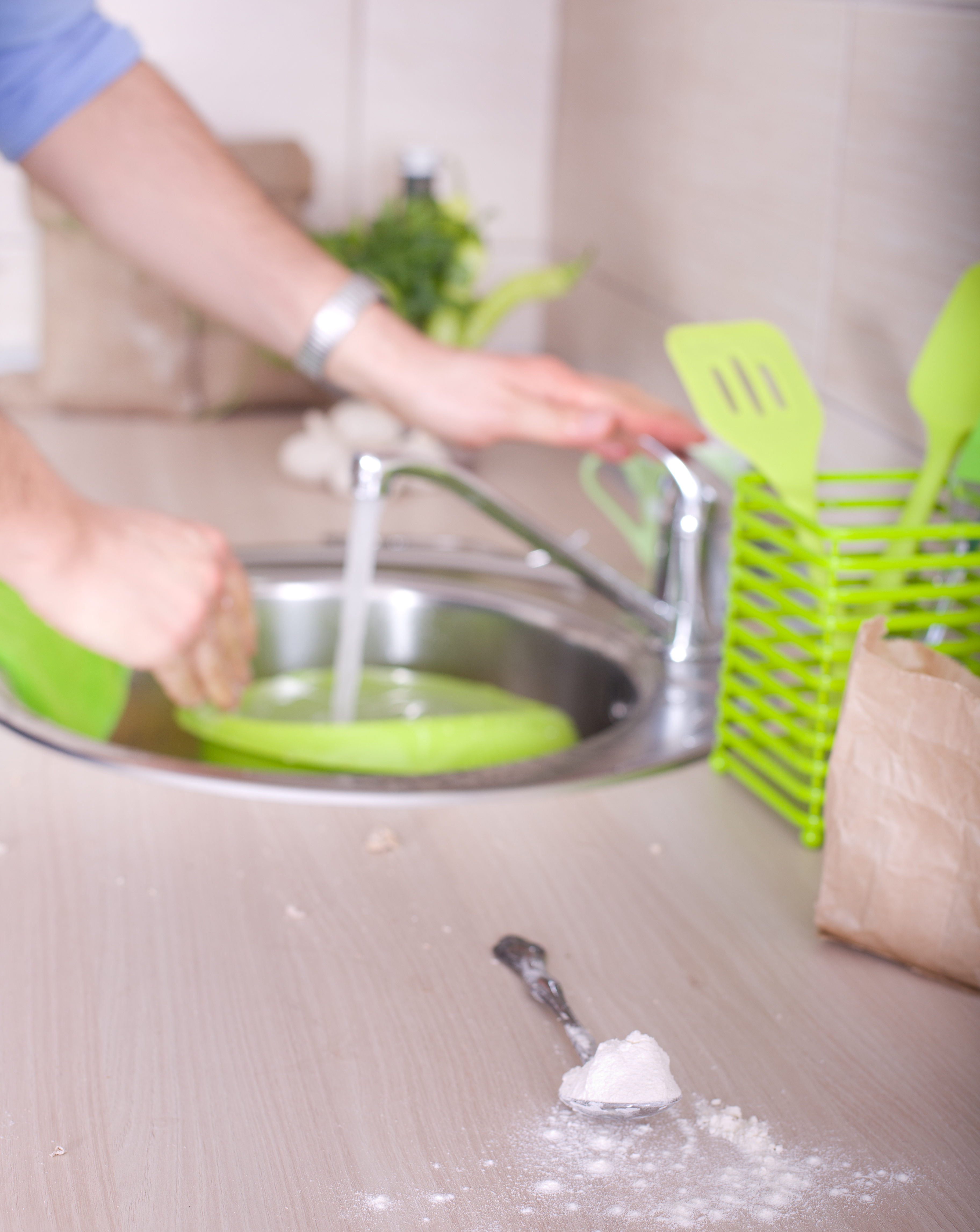 Cooking is great, but those dishes! What a mess it can make! Here is how to keep the dishes from taking over the kitchen!
