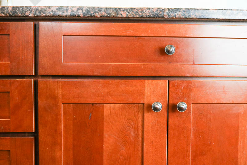 How to Clean Kitchen Cabinets so they SHINE!