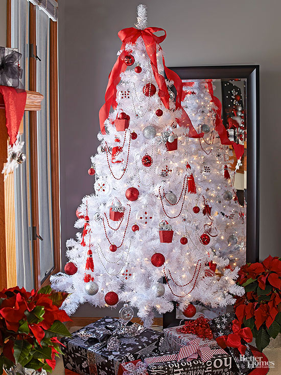 8 Beautifully Decorated White Christmas Trees