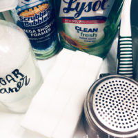 How to Make a Bathroom Cleaning Kit