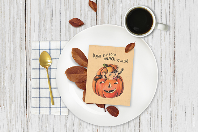 Free Halloween Printable | Vintage Inspired Card