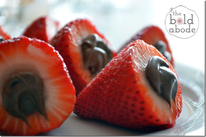 Nutella Stuffed Strawberries
