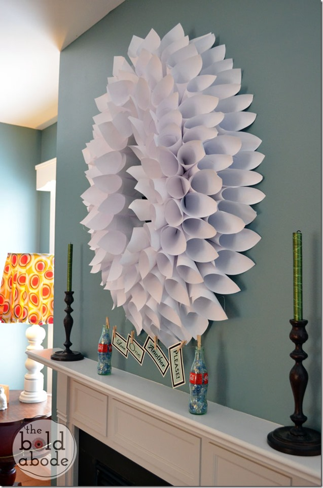 Copy Paper Wreath Right View