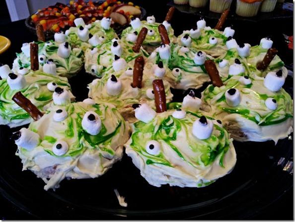 Halloween Treats  monster eye cupcakes